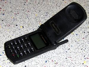 792px-MotorolaStarTAC
