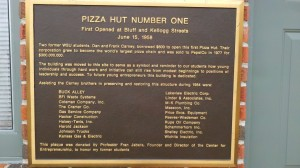 pizza plaque