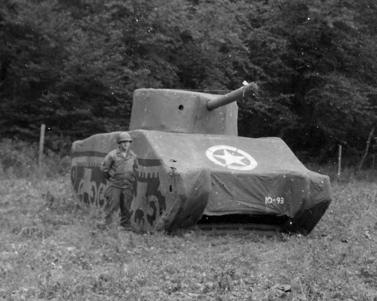 Risultati immagini per fake tank ww2