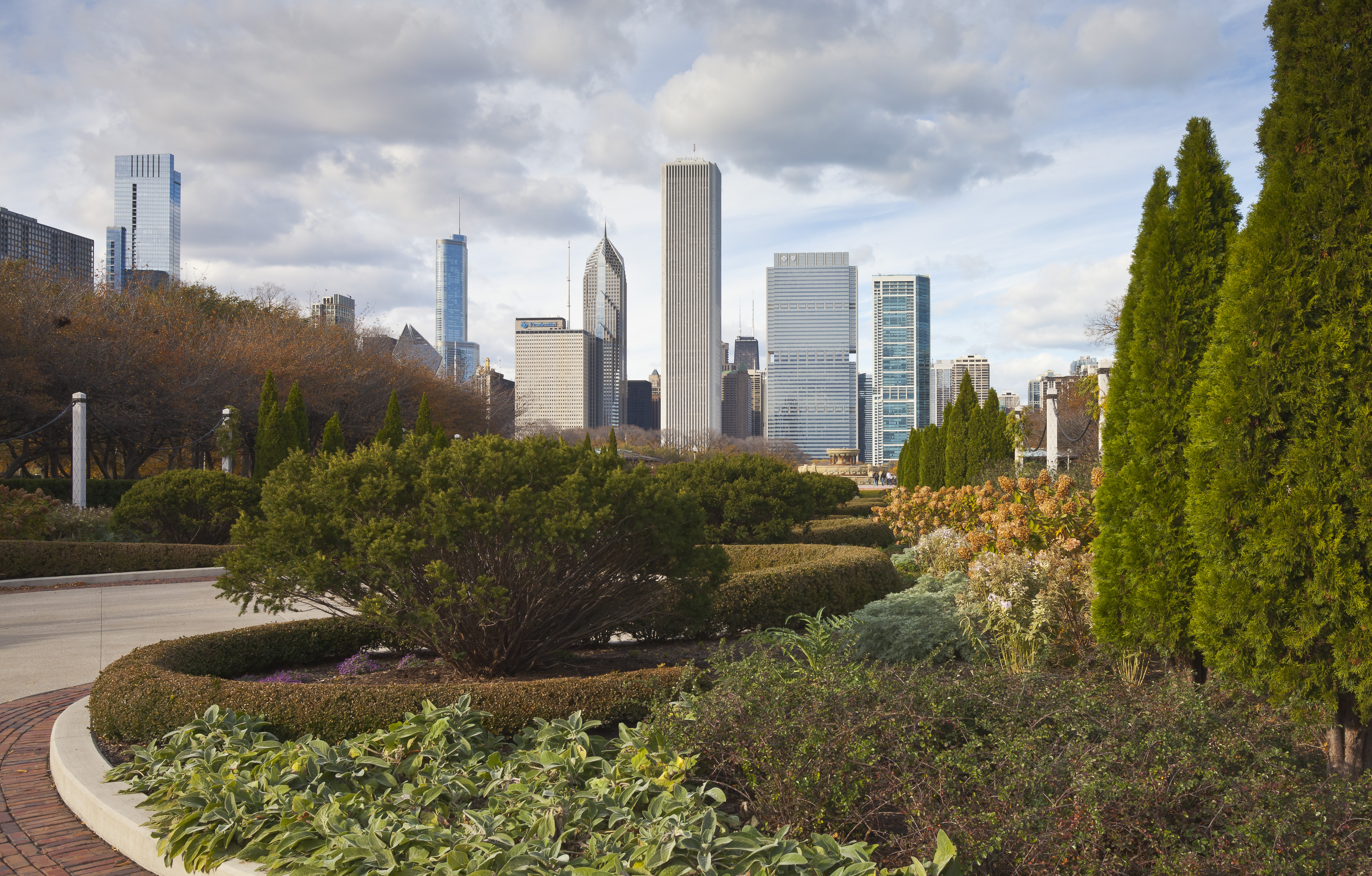 Grant Park in Chicago, Illinois, by Diego Delso (CC BY-SA 3.0)