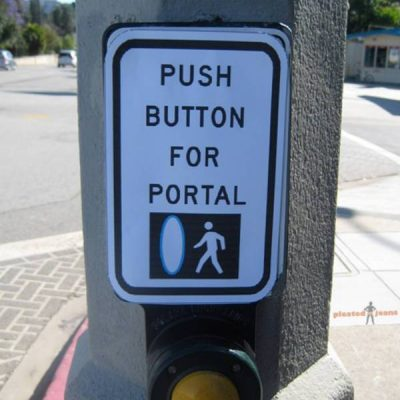 Push Button for Portal sign via Pleated Jeans
