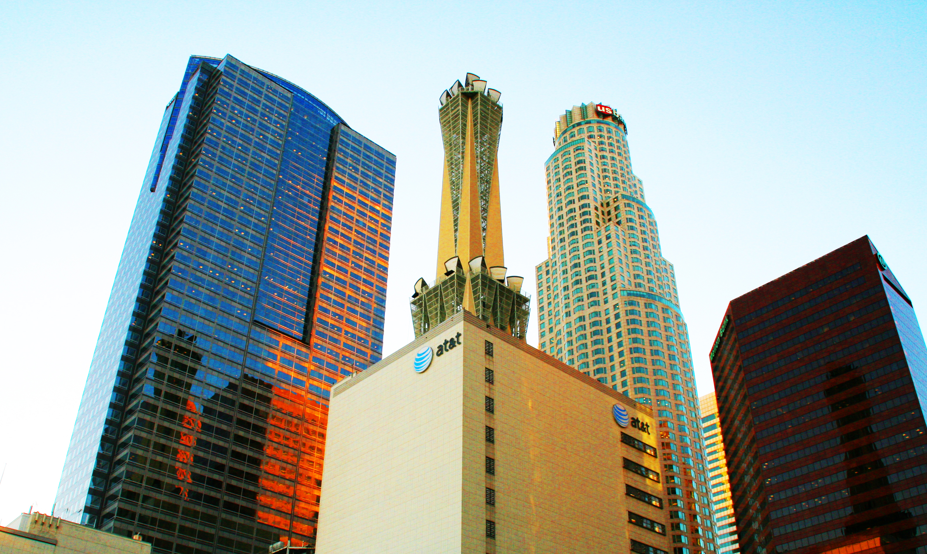 Integrated Microwave Tower Relays Atop At T Building In Los Angeles California