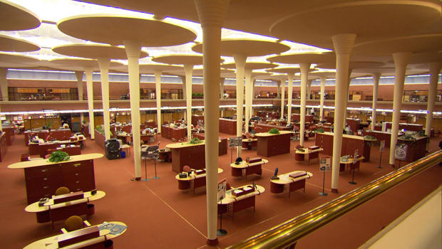 SC Johnson Open Office Design By Frank Lloyd Wright With Custom Furniture  And Skylights