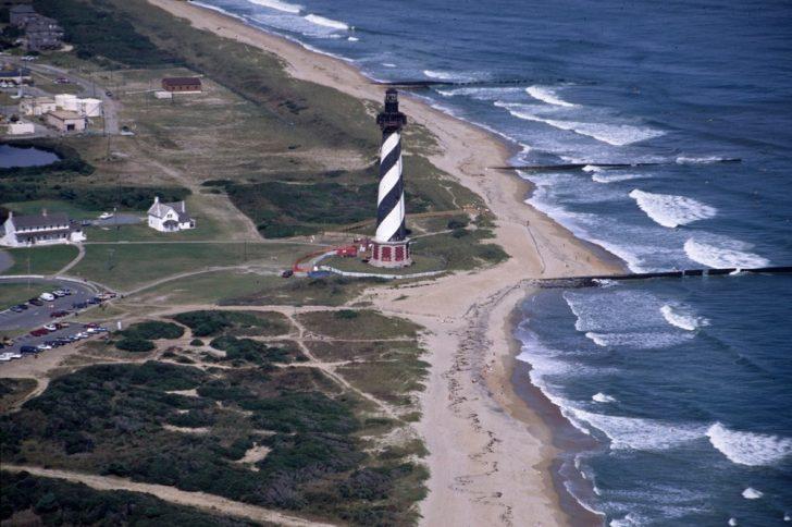 Cape-lighthouse-1991-728x484